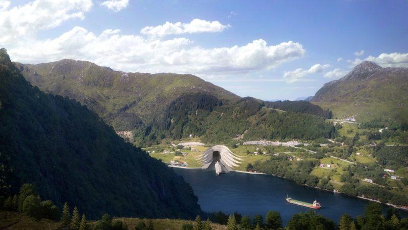 Name:  Mountain.jpg Views: 156 Size:  53.4 KB