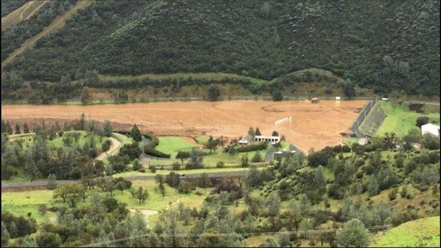 Name:  moccasin dam.jpg Views: 353 Size:  57.6 KB