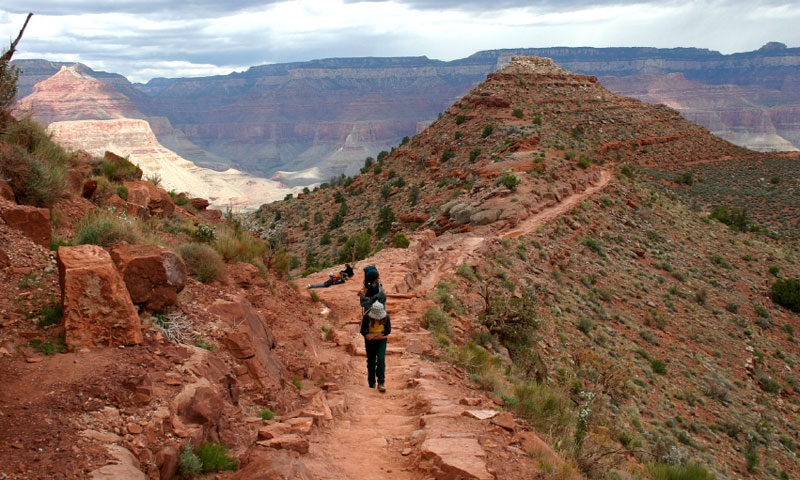 Name:  17605_10649_Grand_Canyon_Hiking_Trails_lg.jpg Views: 219 Size:  327.8 KB