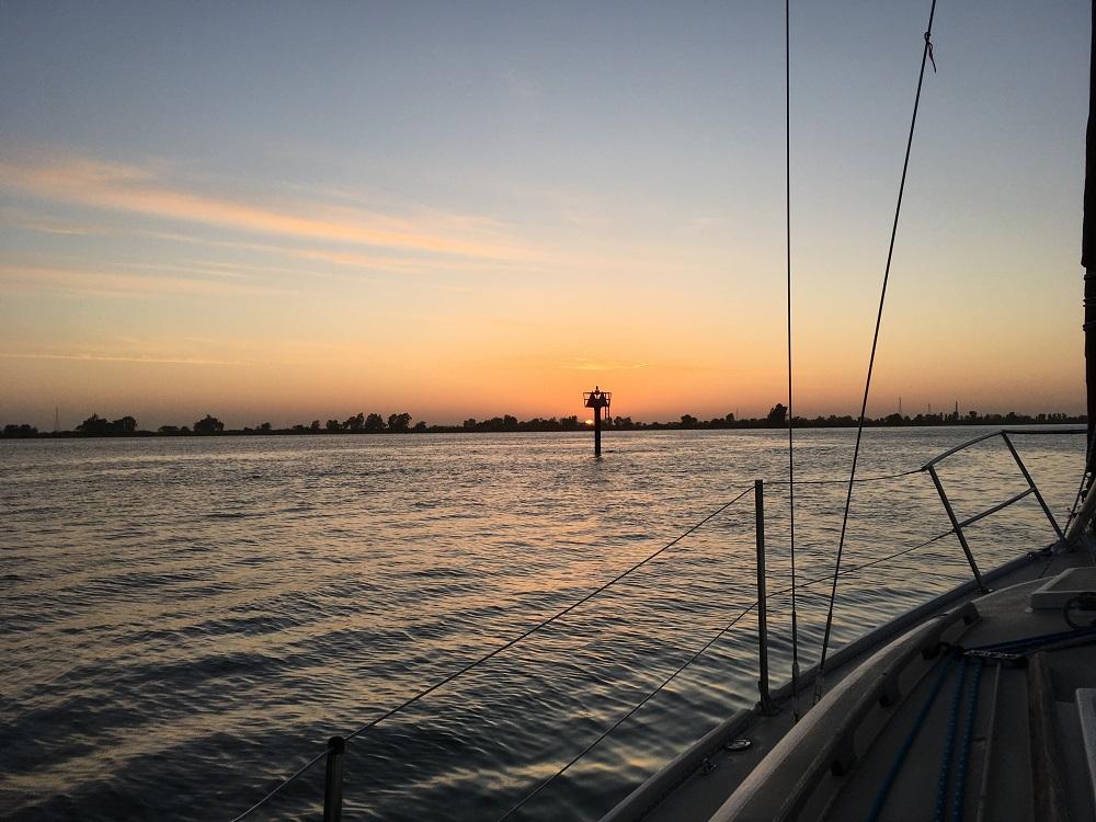 Name:  sunrise on the san joaquin river 041320 - Copy.JPG Views: 369 Size:  249.3 KB
