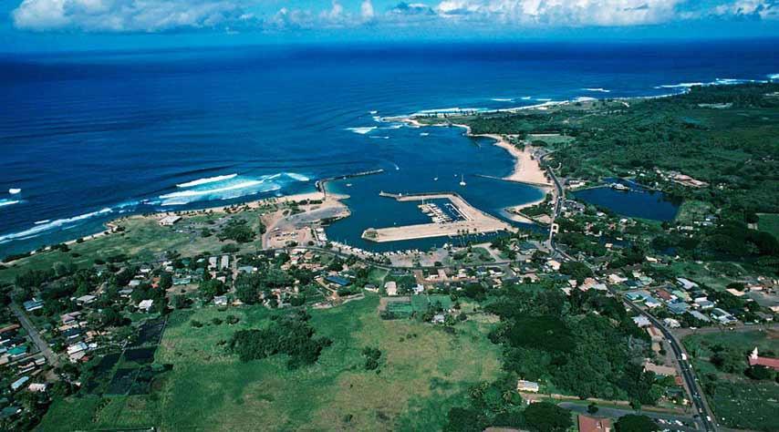 Name:  haleiwa-harbor.jpg Views: 146 Size:  76.8 KB