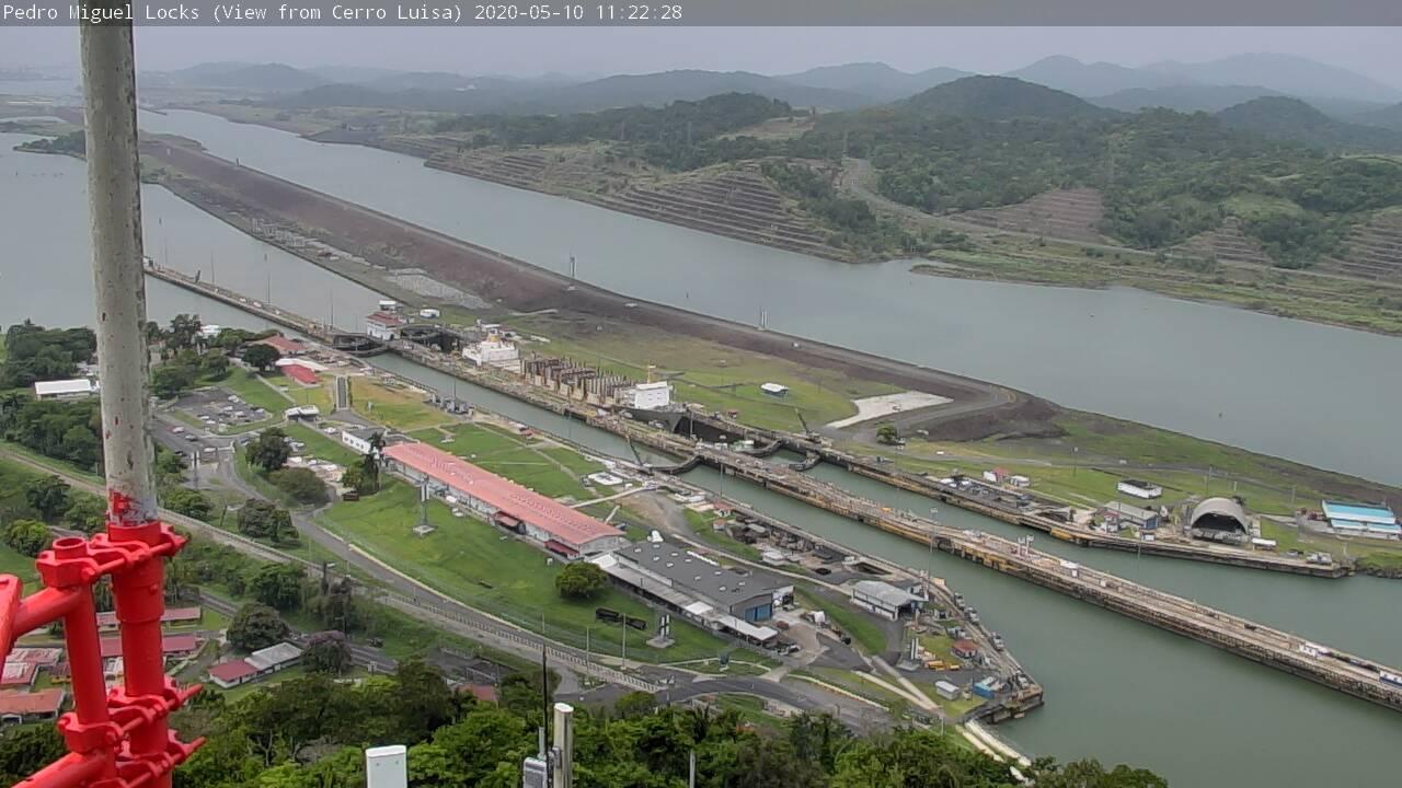 Name:  kauai5.jpg Views: 237 Size:  125.0 KB