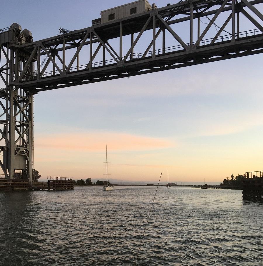 Name:  Envolee and Alchimiste thru Brazos Bridge 2.jpg Views: 126 Size:  332.8 KB