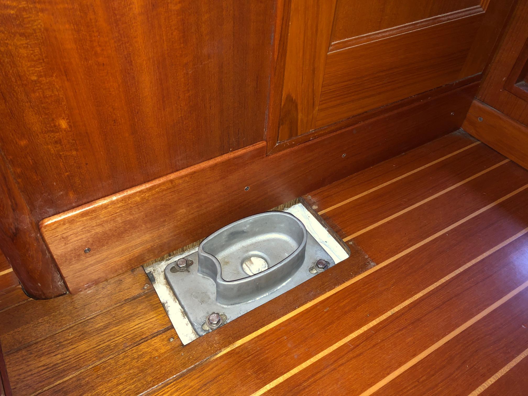 Name:  Floorboard.JPG Views: 165 Size:  830.1 KB