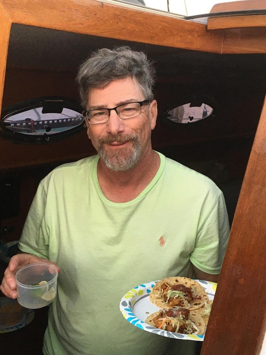 Name:  Bob and street tacos.jpg Views: 60 Size:  307.1 KB